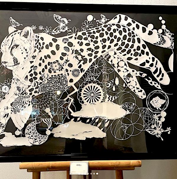 佐世保での展覧会で展示されていたチーターの作品
